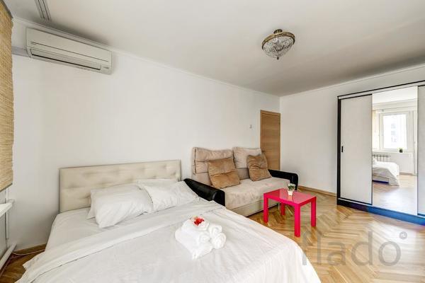 1-к квартира, 45 м², 10/12 эт.