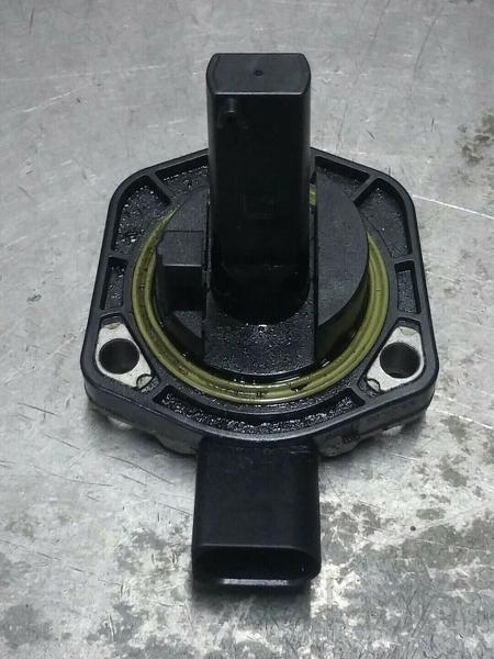 Датчик уровня масла Porsche Cayenne 4.5L порше кайен