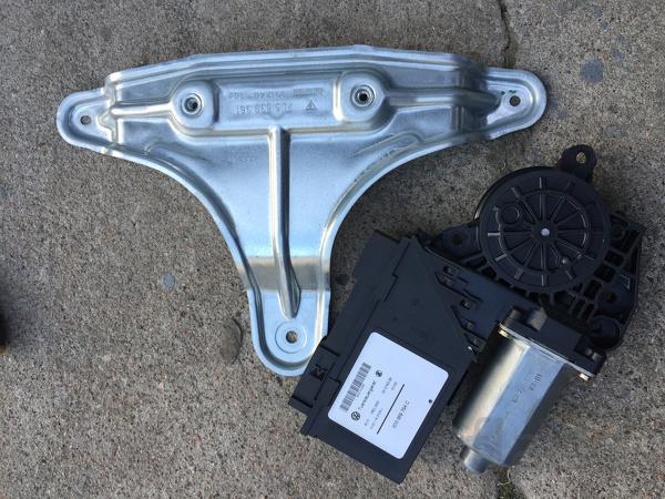 Моторчик стеклоподъемника Porsche Cayenne 955 кайен