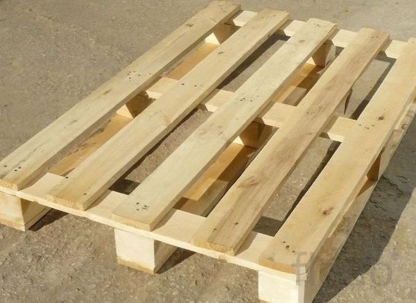 Скупка деревянных поддонов