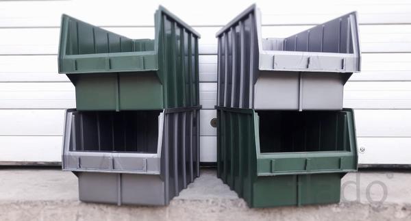 Пластиковый ящик для сантехники