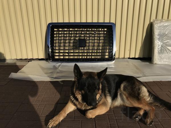 Решетка радиатора volvo VNL670-780 новая