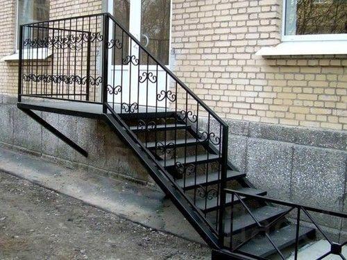 Лестницы для наружного входа