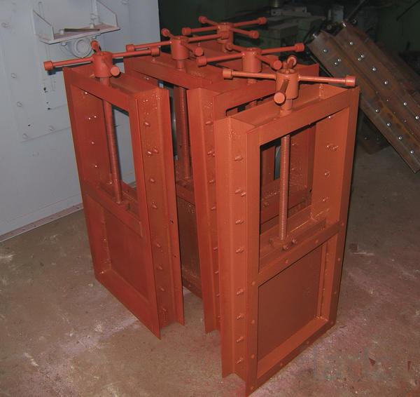 Затворы поверхностные переливные ЗПП 5,0х2,5х2,8