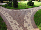 Тротуарная плитка, бордюры, навершия и укладка.