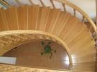Деревянные лестницы в Мытищах, в Москве, в Московской области.