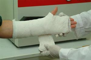 Супер-клей для лечения переломов - новинка шведских ученых