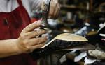 Срочный ремонт обуви сумок в Тюмени